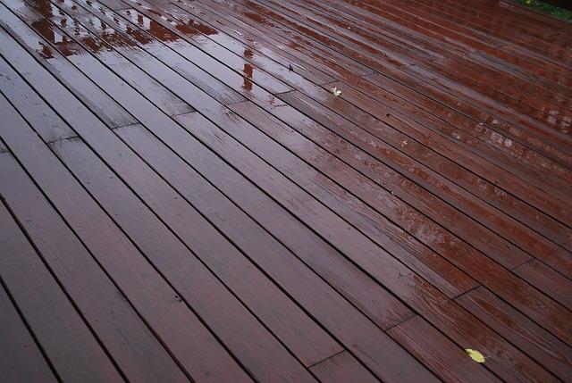 Wooden Deck Painter in Johannesburg